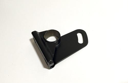 Mounting Bracket - RH - 020-044-0001
