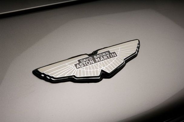 Wing Bonnet And Boot Badge