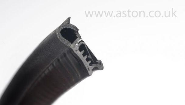 Sealing Section, Bonnet Aperture