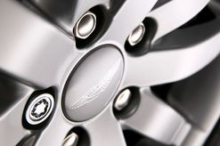 Vanquish Wheel Locking Nuts - 1R12-36-10229