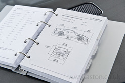 Owners Guide Vanquish 2003-2004 - 4R12-403862-AA