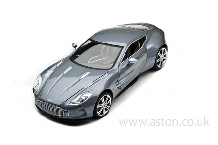 Aston Martin One-77 Model 1:18 Scale - 704781