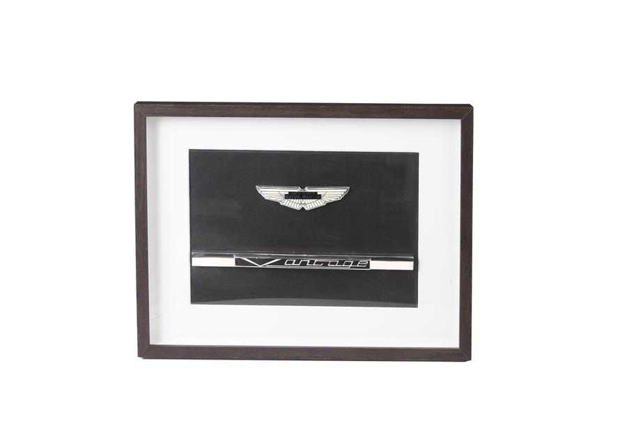 Framed Wings & Vantage Badges