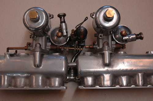 Early DB2 2.6 Carburettor Assembly. - Carb & Manifold Ass 2 Bolt flange.LB6B