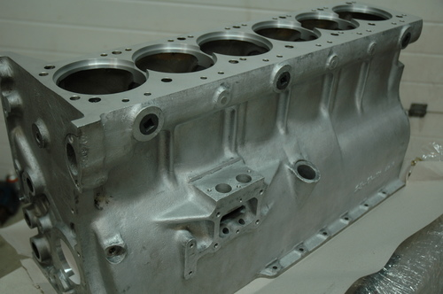 DB4 Cylinder Block Assembly. - DB4/BLK