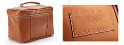 Saddle Leather Beauty Case - 702582