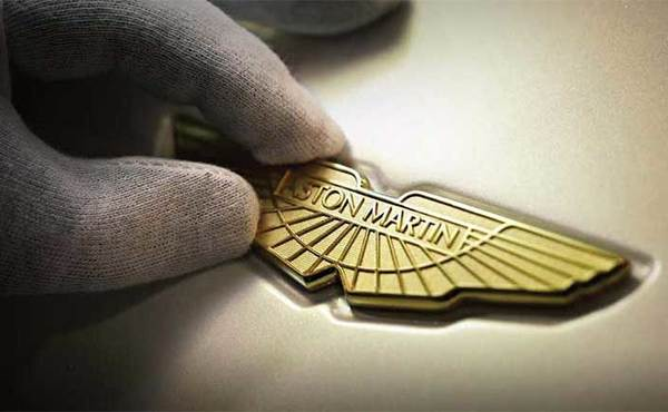 Aston Martin Gold Wings Badge & P/Box