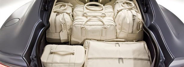 Small Cream Leather Holdall