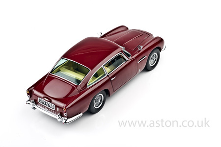 Aston Martin DB5 Red Model, 1:18 Scale - SUNH1002