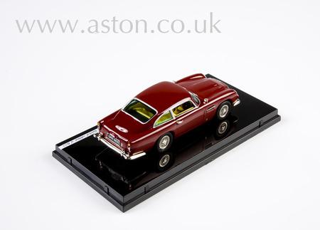 Aston Martin DB5 Maroon Model - VTV20602